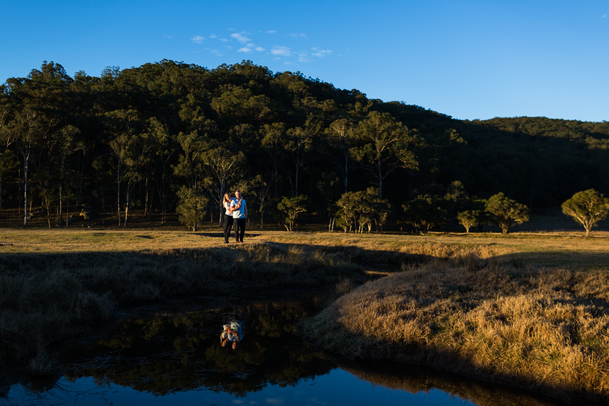 014_epic landscape and cute couple captured by hunter valley wedding photographer in wollombi