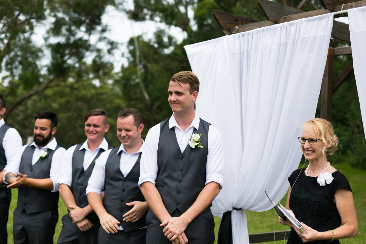 08-port-stephens-wedding-photographers-at-murrays-brewing-co