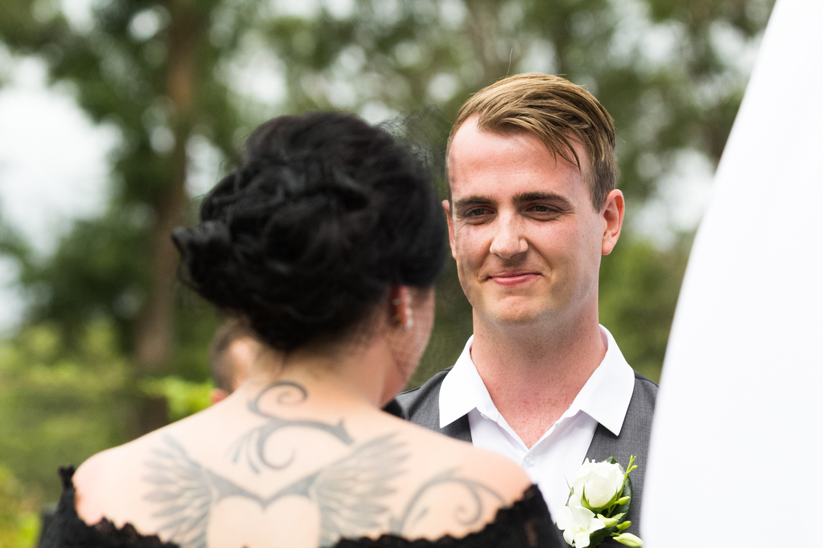 11-port-stephens-wedding-photographers-at-murrays-brewing-co
