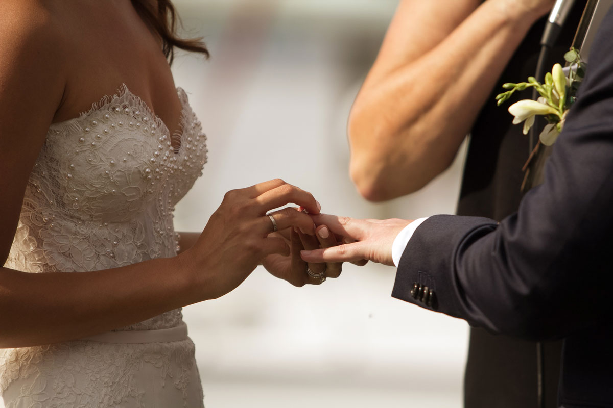 18-outdoor-wedding-ceremony-at-peppers-anchorage-port-stephens