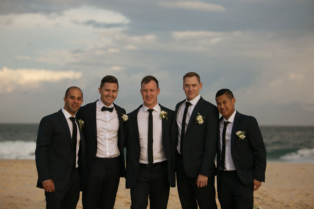 26-wedding-location-photographs-at-peppers-anchorage-port-stephens