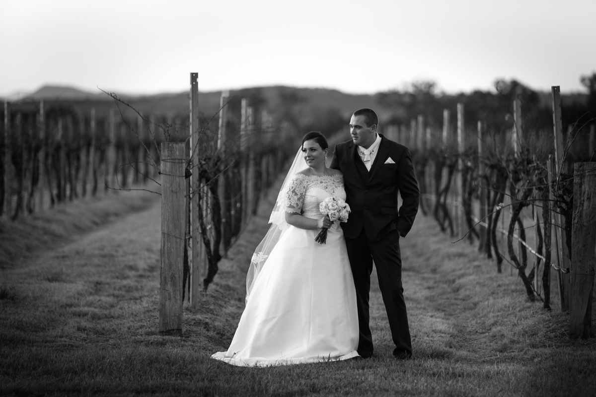 37_vineyard is perfect backdrop for candid wedding photography